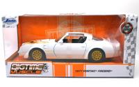 BIGTIME MUSCLE  - 1977 PONTIAC FIREBIRD (WHITE)