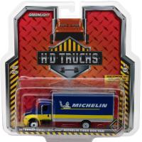 INTERNATIONAL DURASTAR BOX TRUCK - MICHELIN TIRES