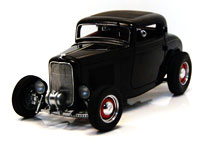 1932 FORD 3-WINDOW DEUCE COUPE