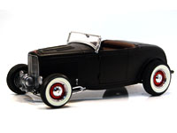 '32 FORD VINTAGE DEUCE SATIN BLACK ROADSTER