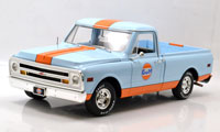 ACME 1:18 GULF OIL 1968 CHEVROLET C-10 TRUCK